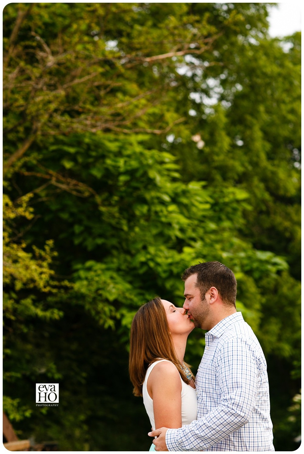 Hidden Lake Forest PreserveDog Lovers Engagement Session