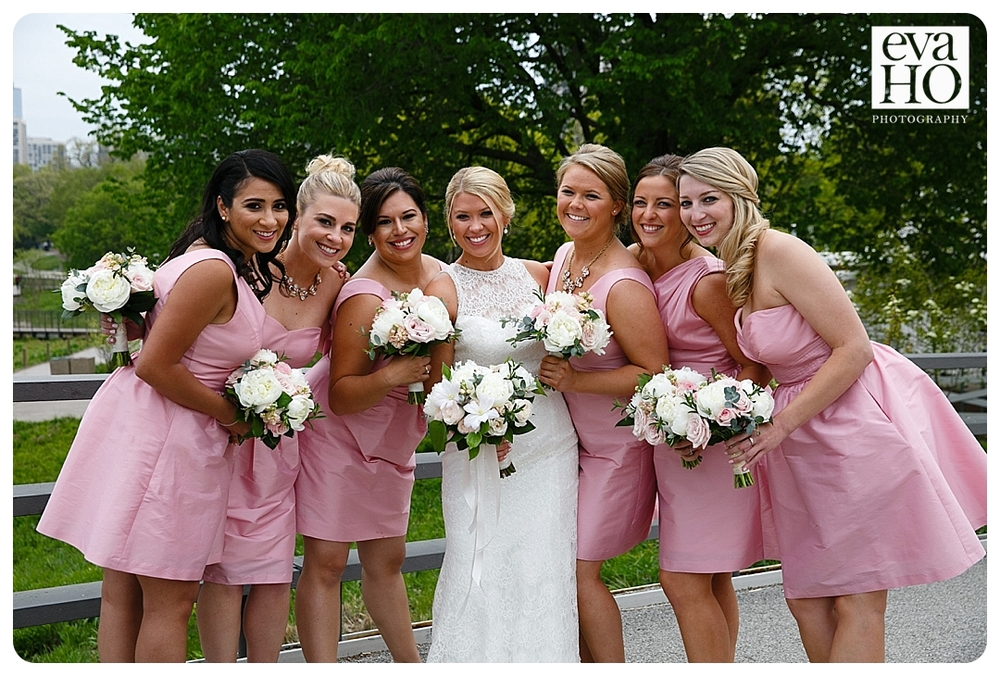 Lincoln Park Bride with her Bridesmaids