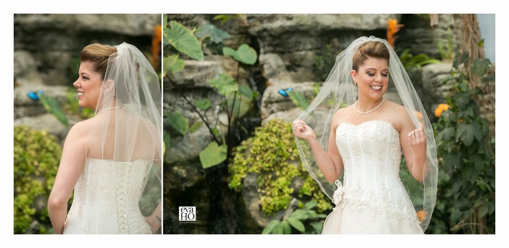 Jana was a picture of elegance on her wedding day!
