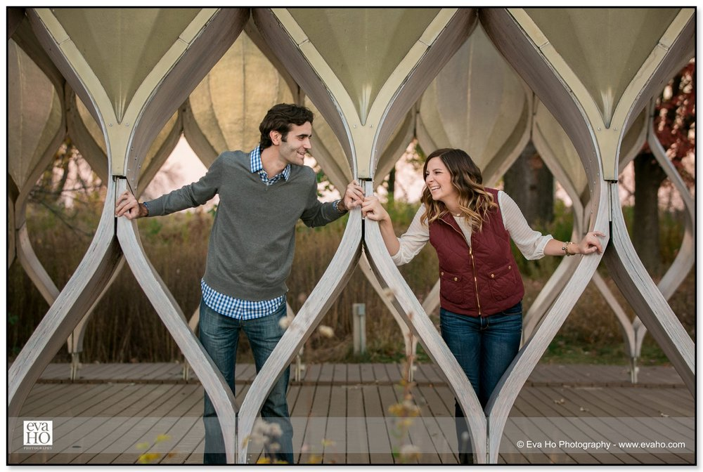 Beautiful fall engagement portraits of a couple posing in Chicago's Honeycomb Pavilion by Studio Gang