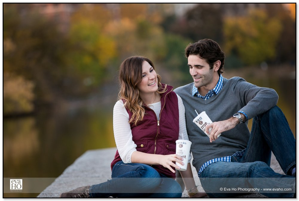 Engagement portraits by the water in Lincoln Park in Illinois