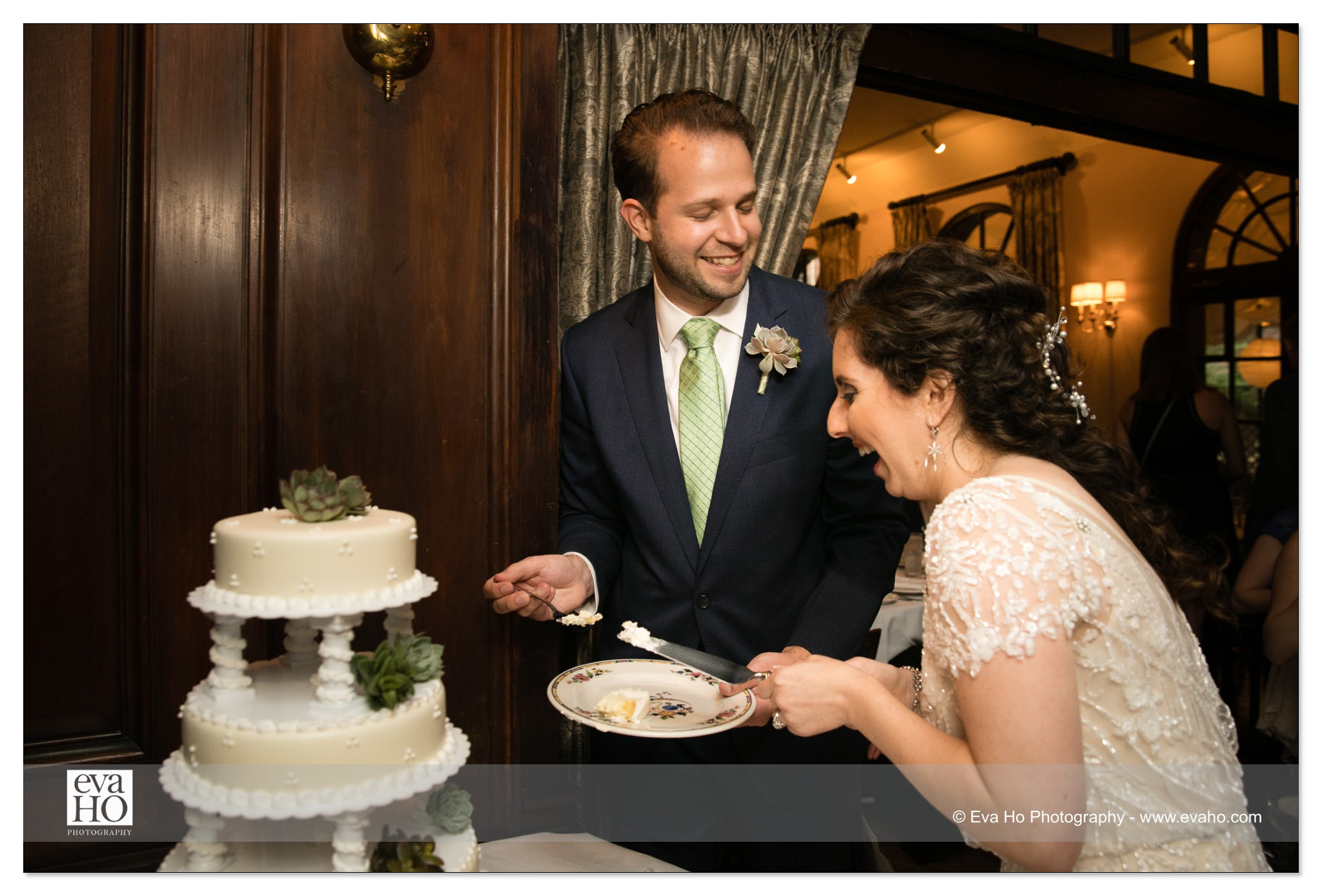 Cake Cutting Photography