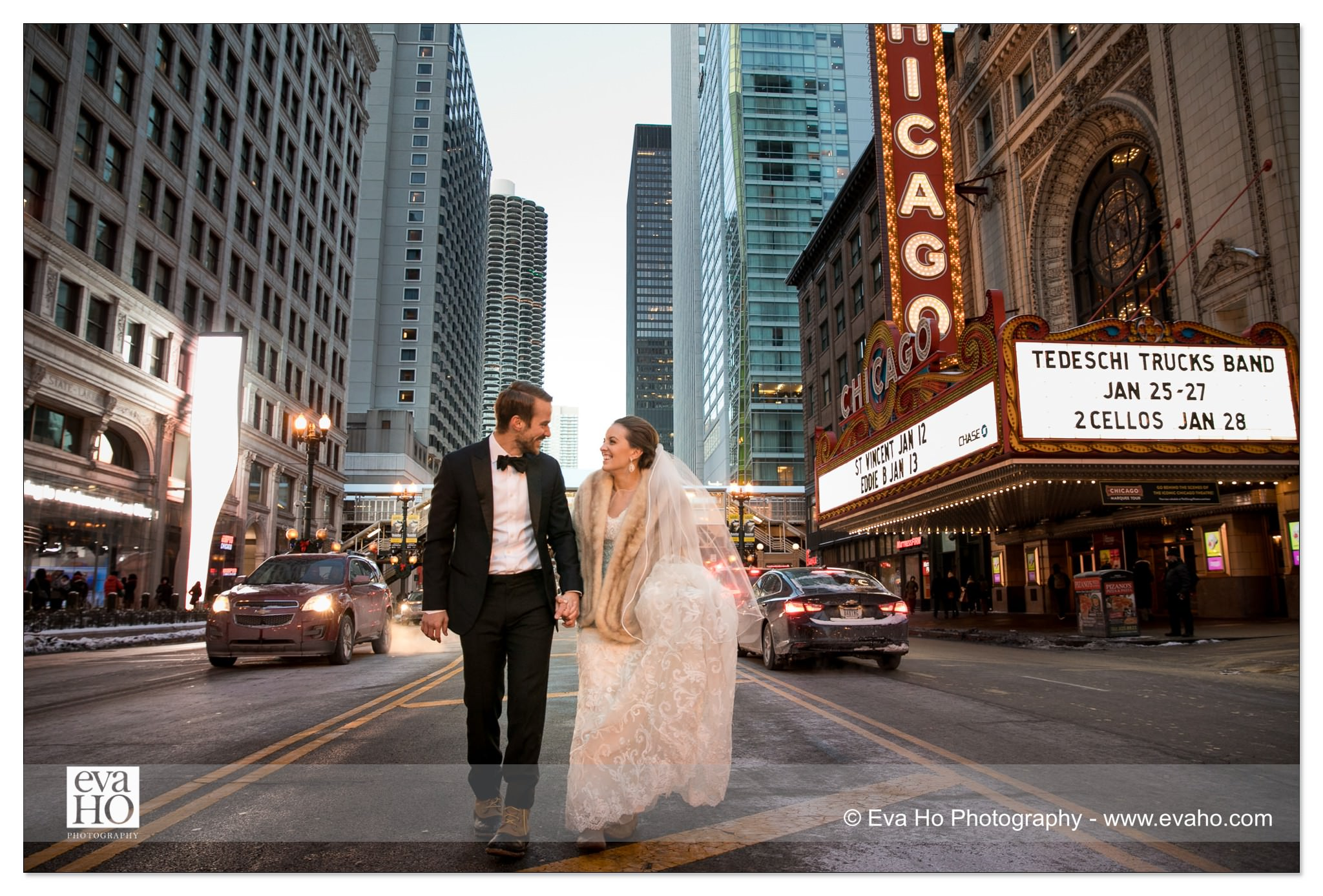 Iconic Chicago winter wedding